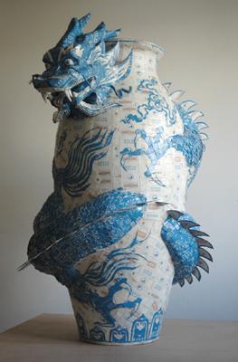 """Made In China, 2005   Maços de cigarros """"Português Suave"""", esferovite e barro   100 x 70 x 60 cm"""